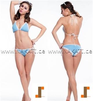 Bild von Bikini Hellblau mit weißer Spitze